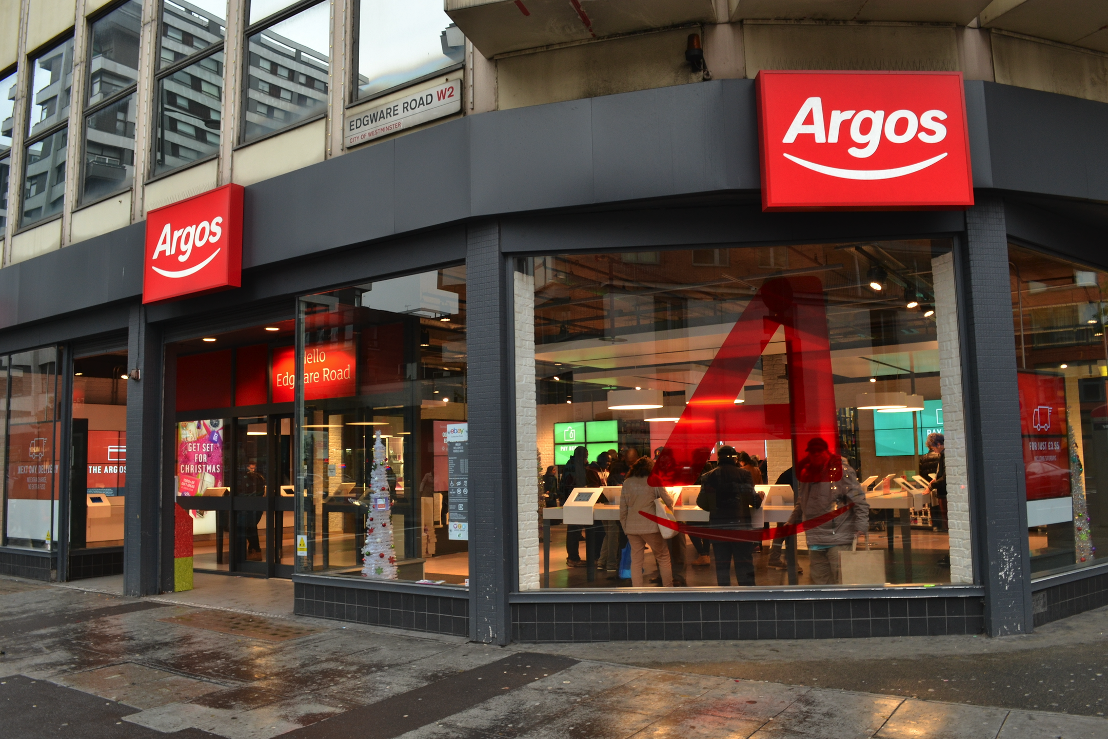Sainsbury's to close 420 Argos stores