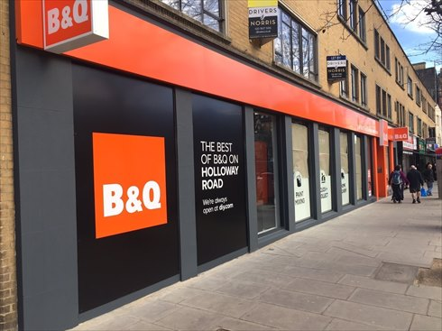 B&Q Celebrates Double High Street Express Stores Openings